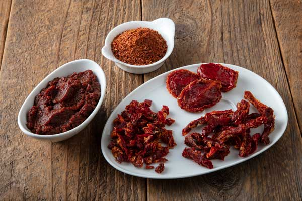 smoked sun dried tomato cuts and paste